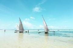 Fotoserie Kenia am Strand mit Segelbooten