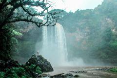 Fotoserie Hawaii großer Wasserfall